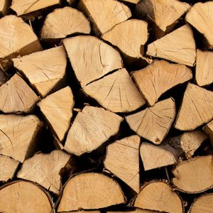 Eldridge Tree services sell well seasoned firewoood of high quality in Gloucestershire and stroud